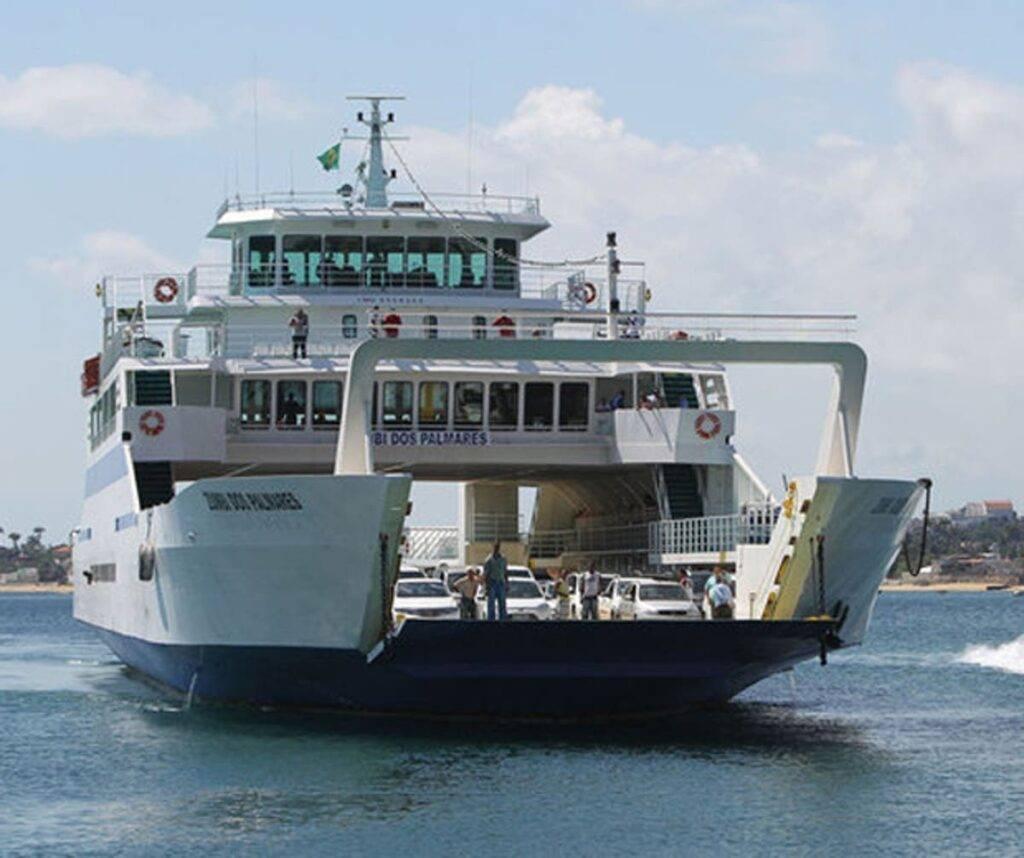 Ferry-Boat para Bom Despacho (em Itaparica)